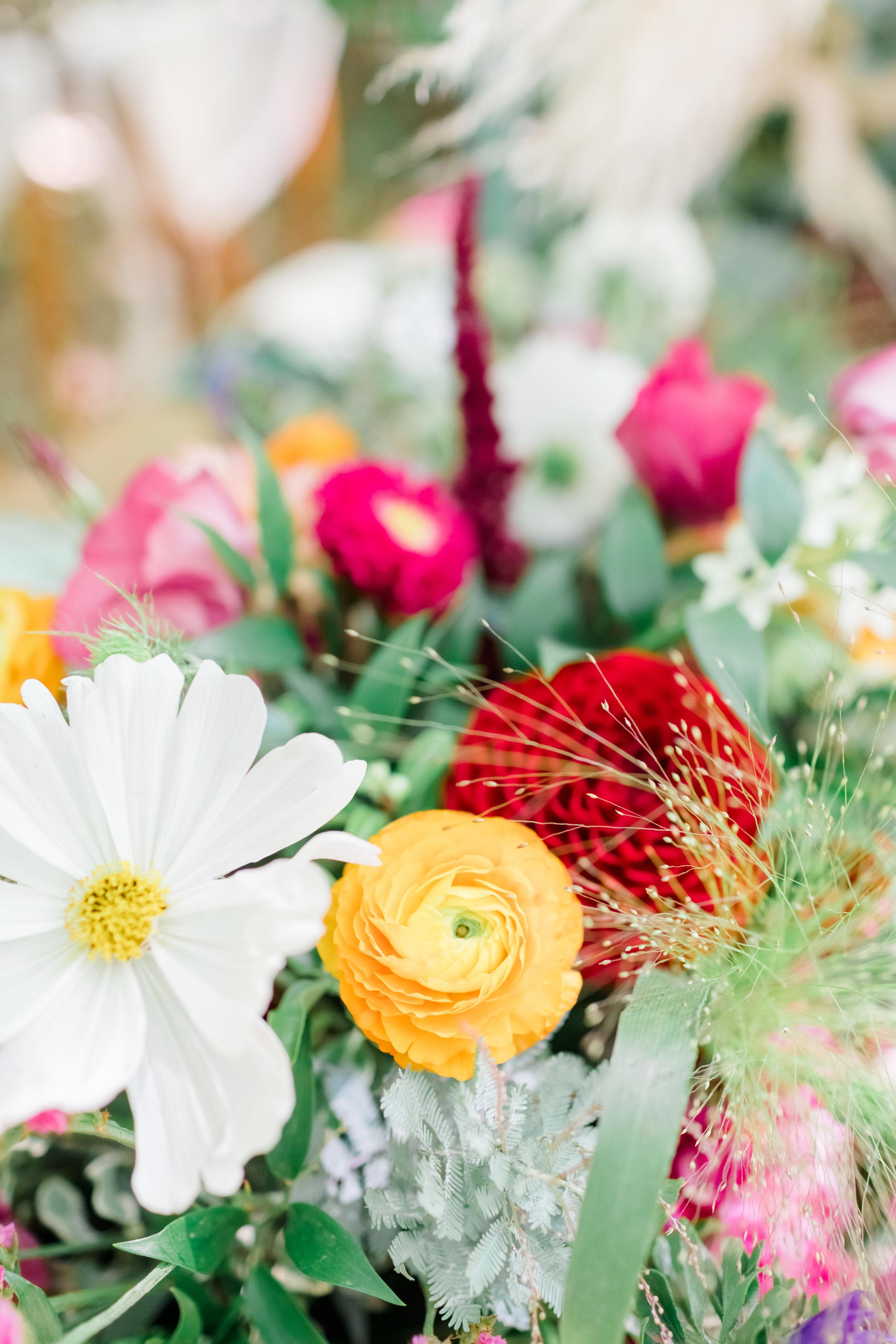 Wedding Flower Inspiration_Red flowers_Natalie Stevenson Photography