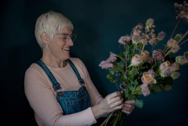 Seasonal Wedding Flowers_Bridget Davidson_Wild Rosamund