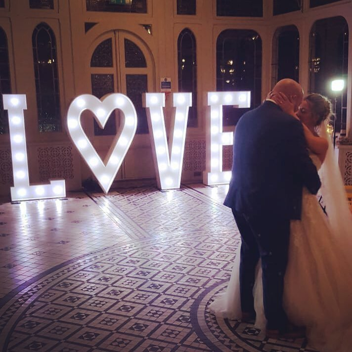 Buckinghamshire based giant letters and wedding day prop hire