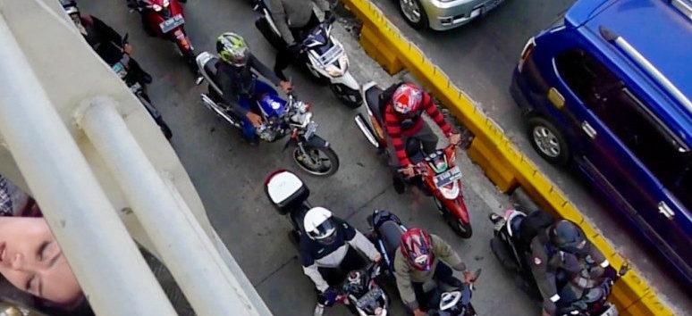 Ari Dina Krestiawan, Making Love With Jakarta Traffic