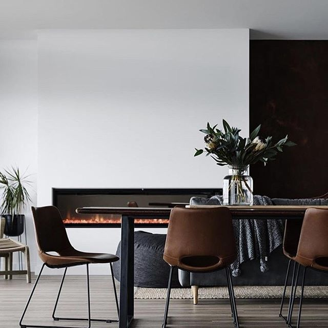 Take a seat around the dining table on the @laformaaustralia Ziggy chair! 😊 Upholstered in a beautiful rust synthetic leather and with steel legs powder coated black, it goes perfectly in any sleek, retro-style home! 👍 . . . . . #embassyhome #embassyhomeoutfitters #perthinteriors #perthinteriordesign #perthhomes #perthhome #australianinteriors #australianhomes #interiordesignaustralia #contemporaryinteriors #perthfurniture #customfurniture