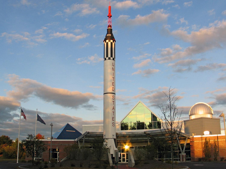 McAuliffe-Shepard-Discovery-Center-Redstonr-Rocket.jpg