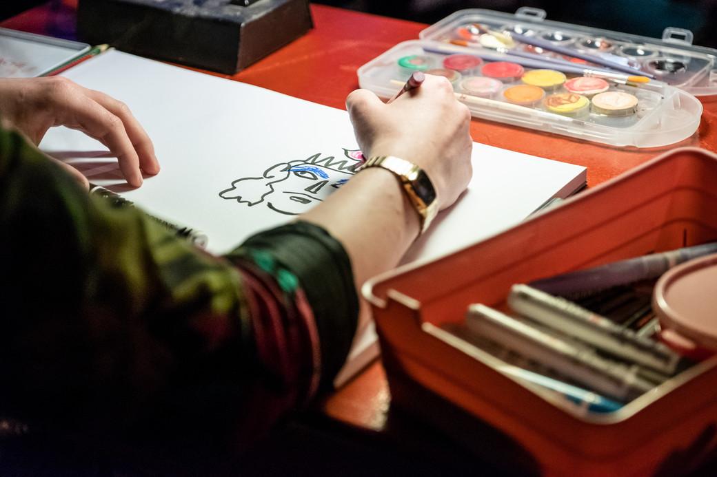Live drawing Tieten Met Haar