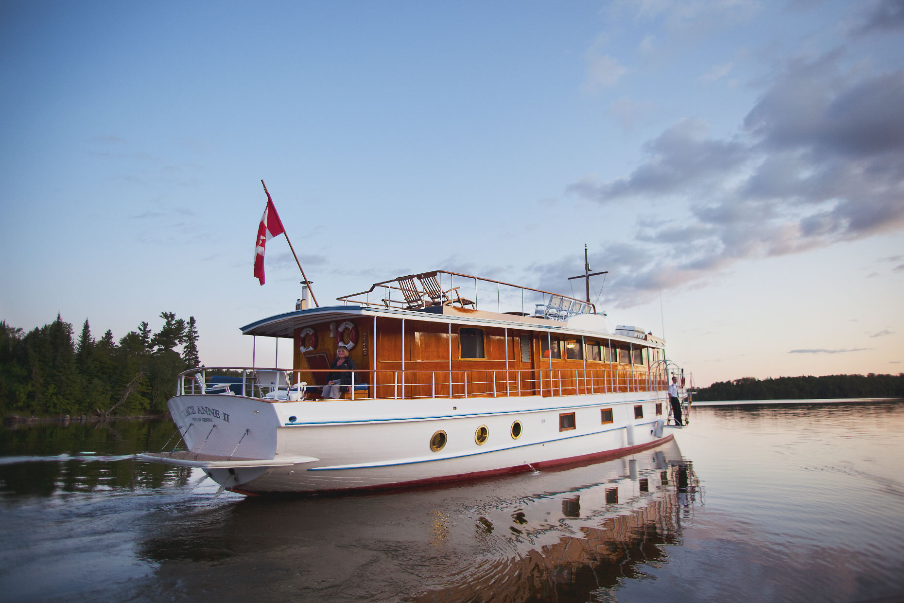 Stacey Van Berkel Photography I Evening cruise on the Grace Anne II Luxury 1930's Yacht I Lake of the Woods I Kenora, Ontario, Canada