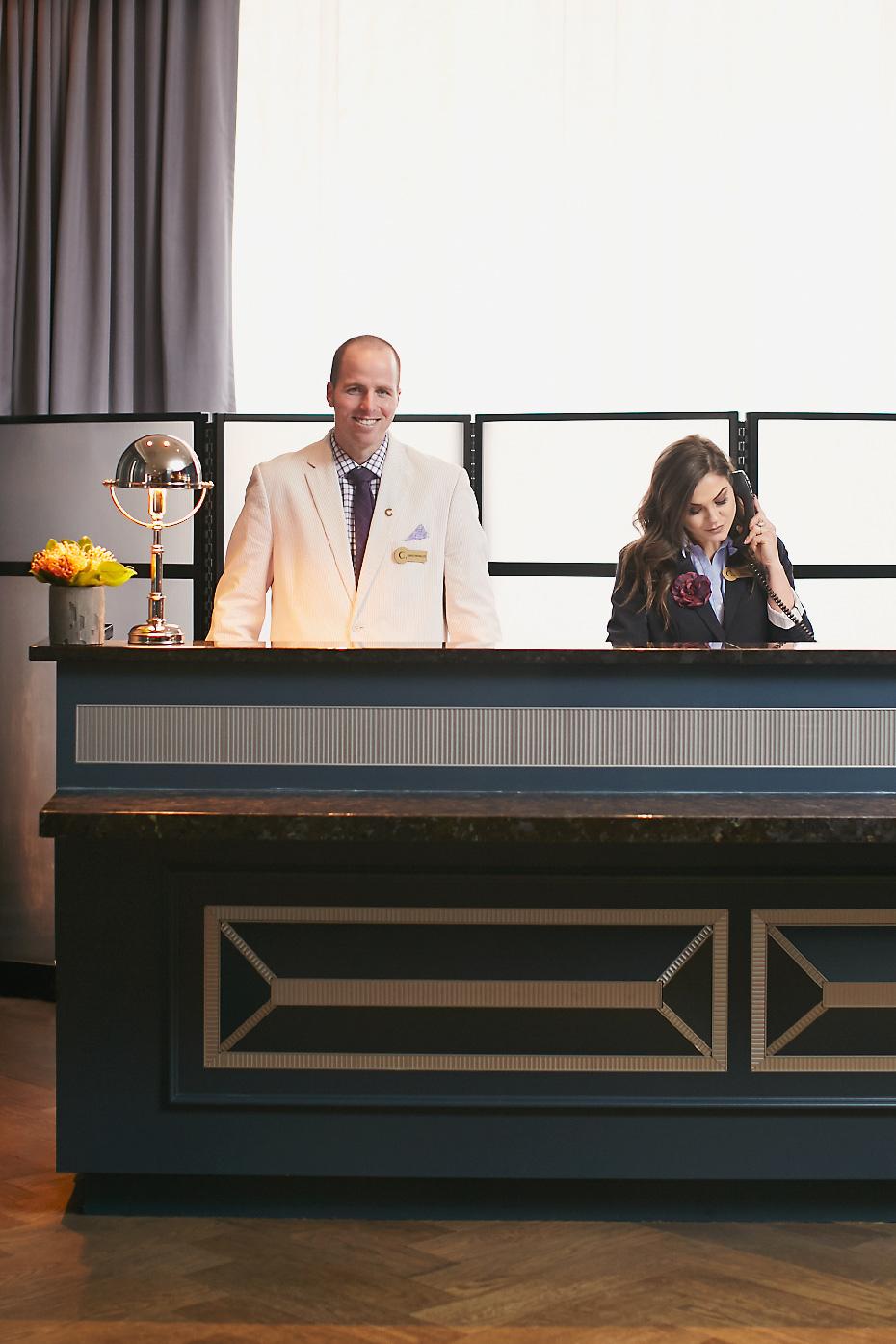 Stacey Van Berkel Photography I Reception desk at the Cardinal Hotel I Kimpton Hotel I Pet friendly hotel I Winston-Salem, North Carolina