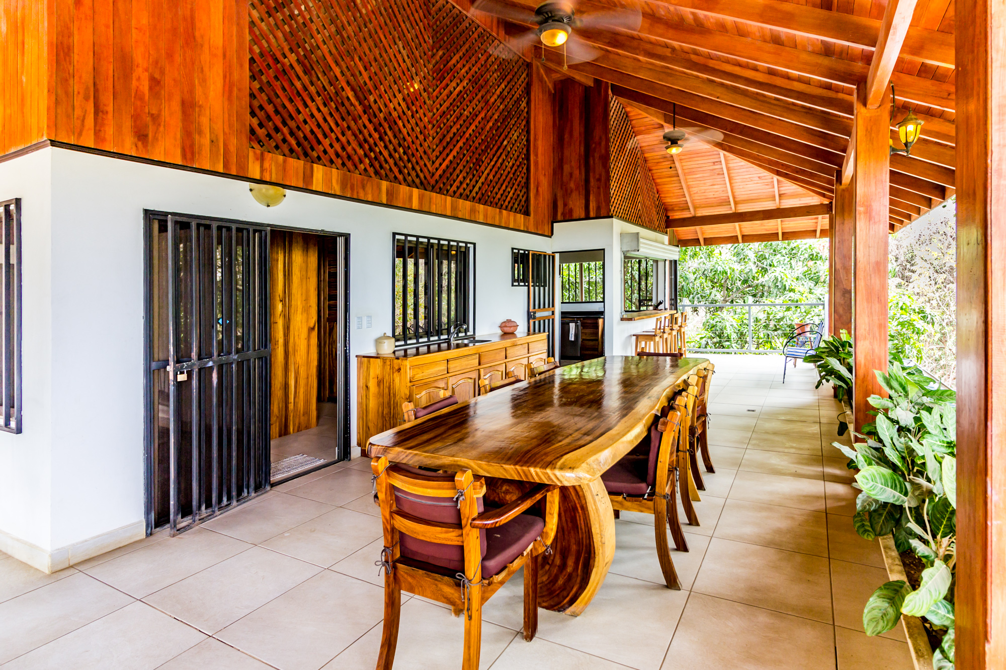2 Bedroom Upstairs Apartment Ocean View Private Location Large Outdoor Lounge Area Fully Equipped Kitchen Close to Amenities Sleeps 3 WIFI  CLICK FOR MORE DETAILS