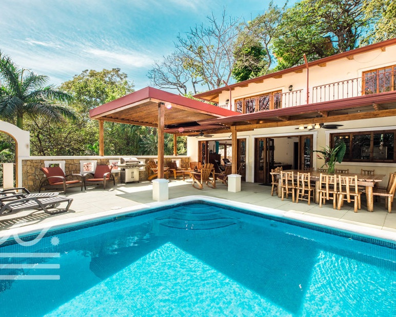 Walking Distance to the Beach  Private Pool 4 Bedrooms 3 Bathrooms Private Location Fully Equipped Kitchen Air Conditioning  CLICK FOR MORE DETAILS