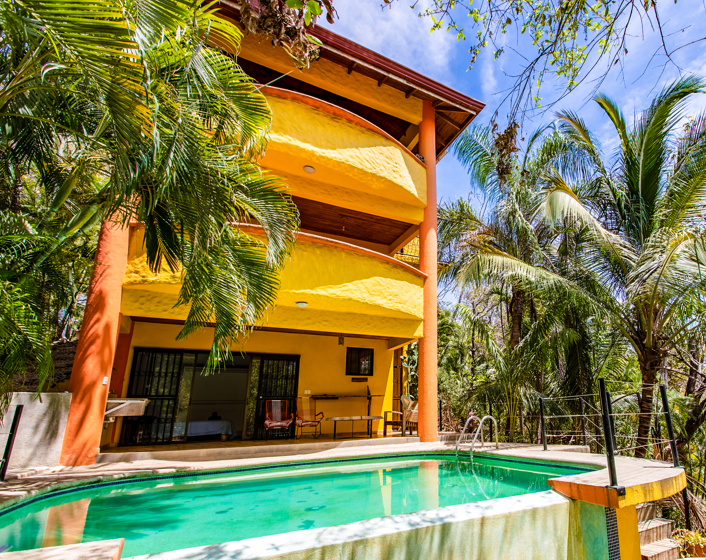 Private Pool Fully Equipped Kitchen Air Conditioning Television Wireless Internet Roof Top balcony  CLICK FOR MORE DETAILS