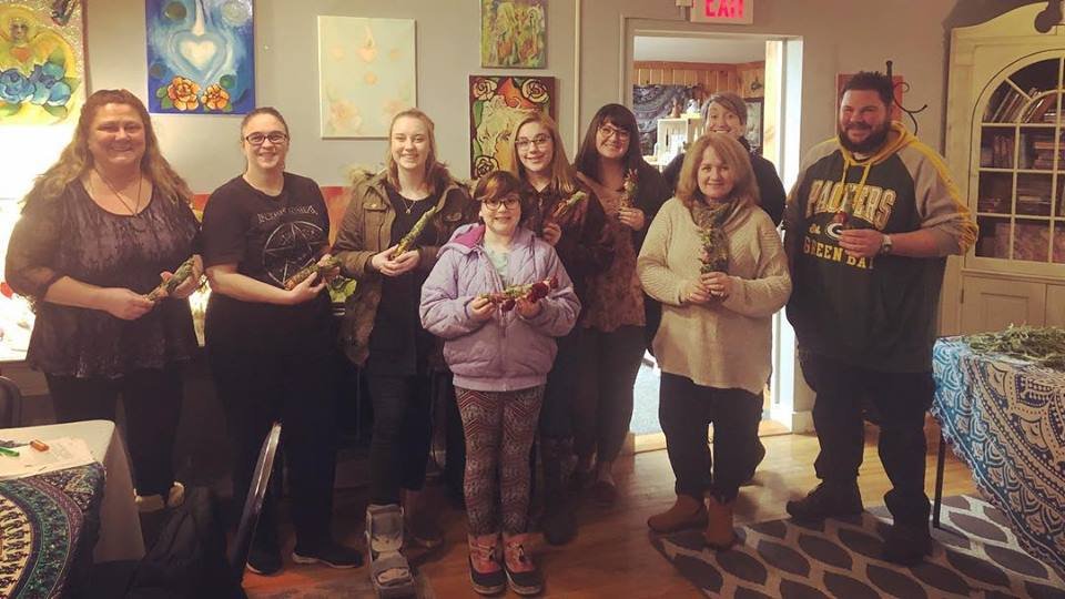 Our wonderful guests at one of our smudge sticks workshops!