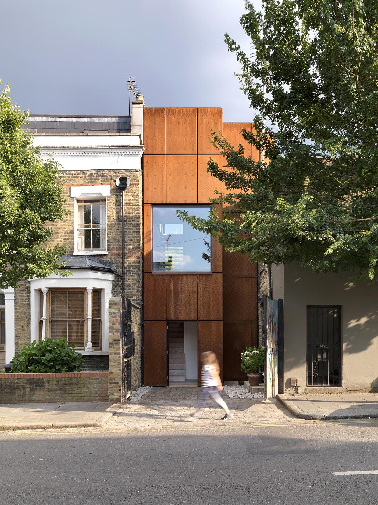 Clapton house , London