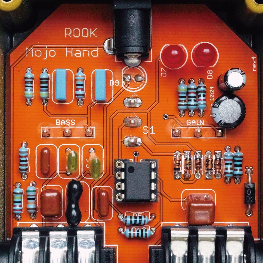 Mojo Hand FX  Rook Overdrive 04.jpg