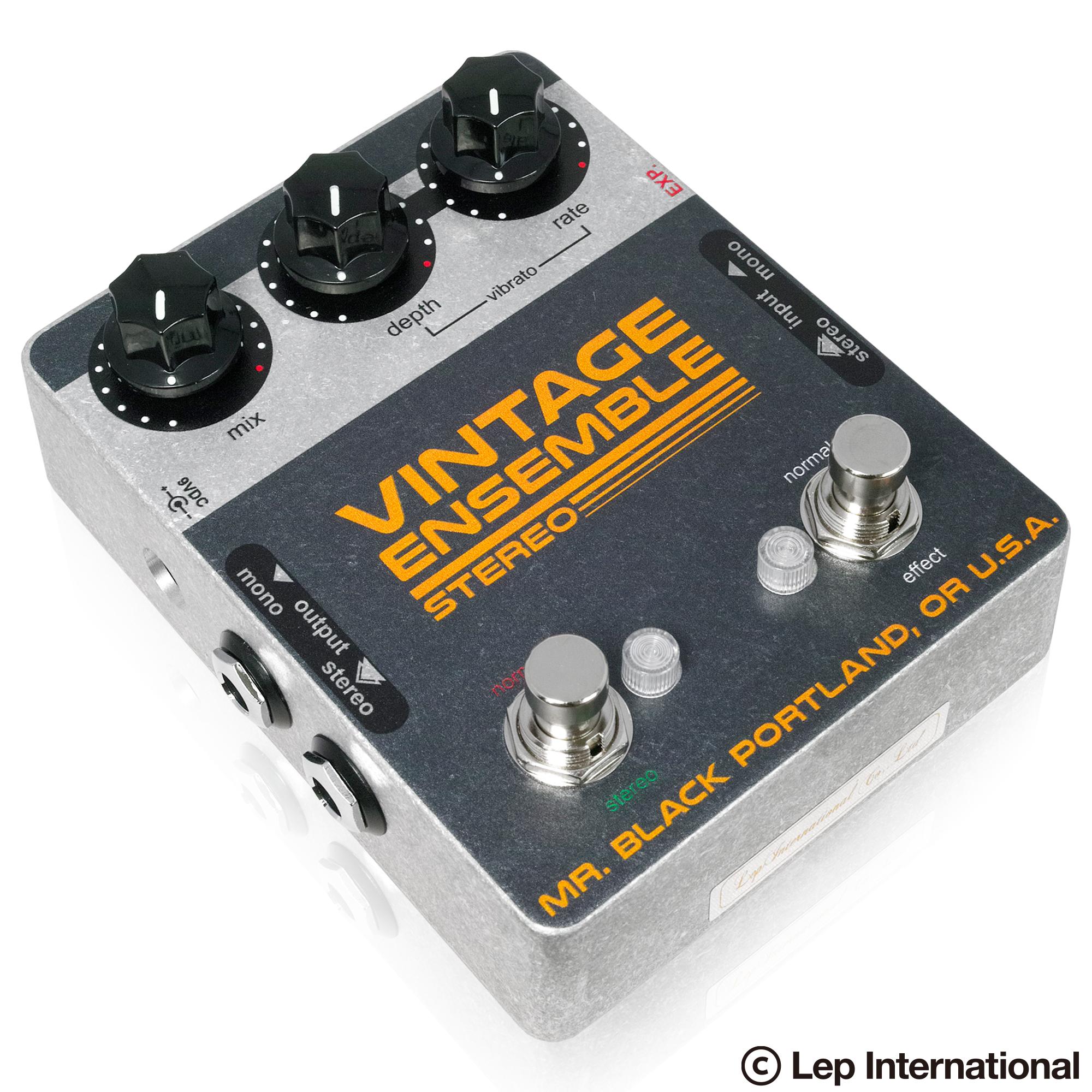 Stereo-Vintage-Ensemeble-03.jpg