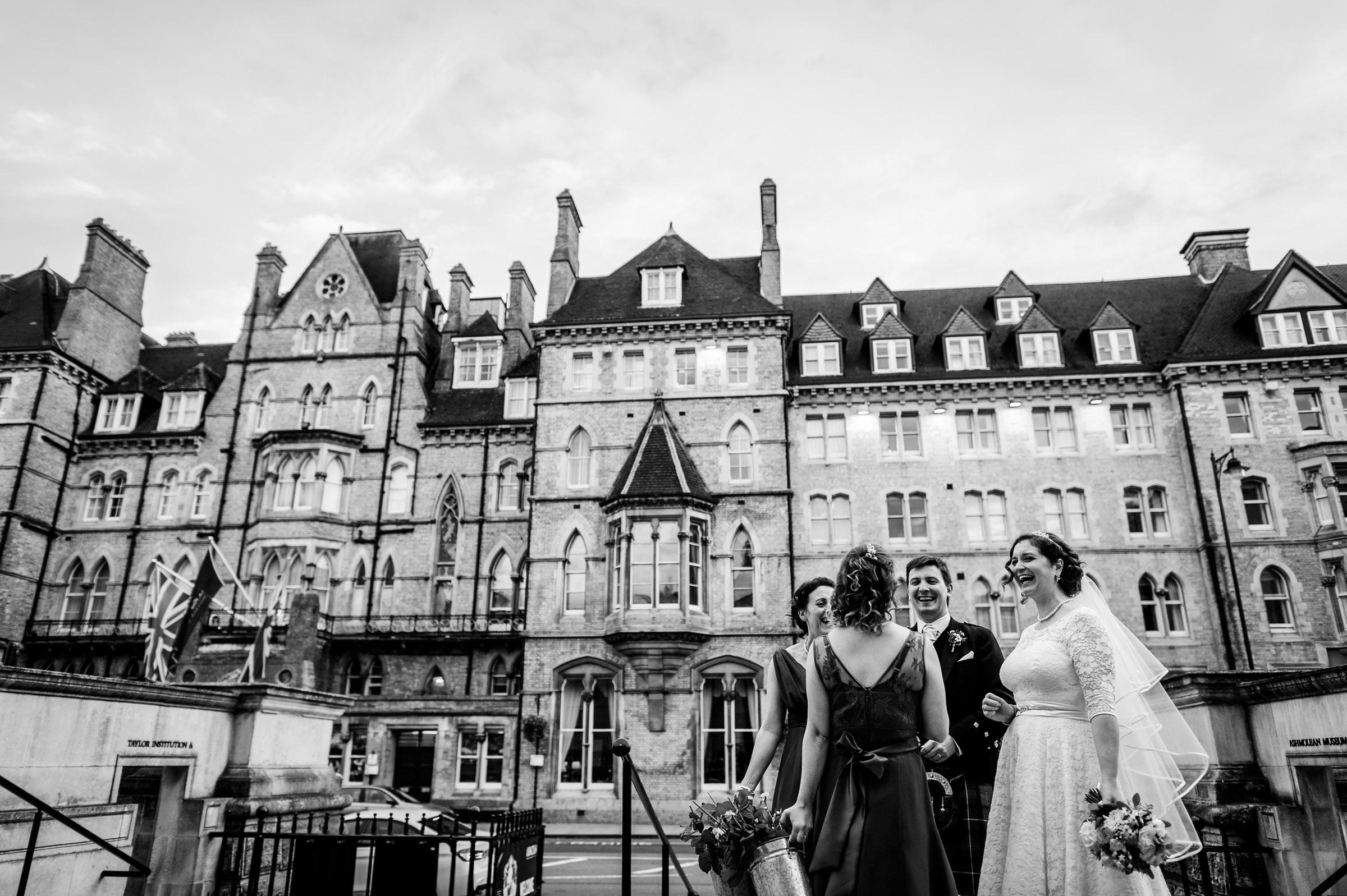 Ashmolean-Museum-Wedding-Pictures-0047.jpg