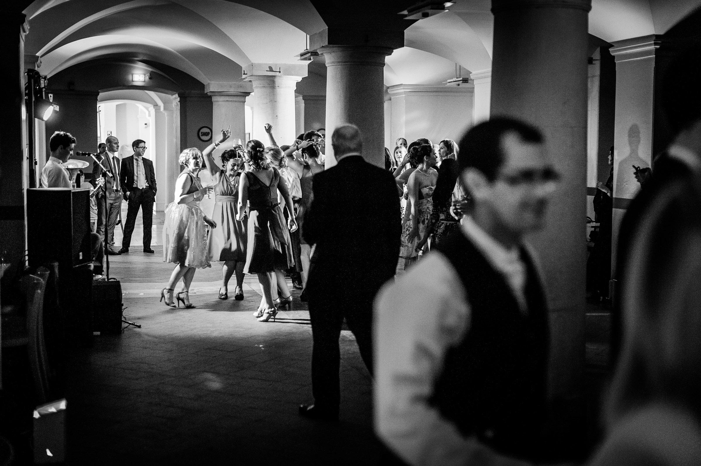 Ashmolean-Museum-Wedding-Pictures-0076.jpg