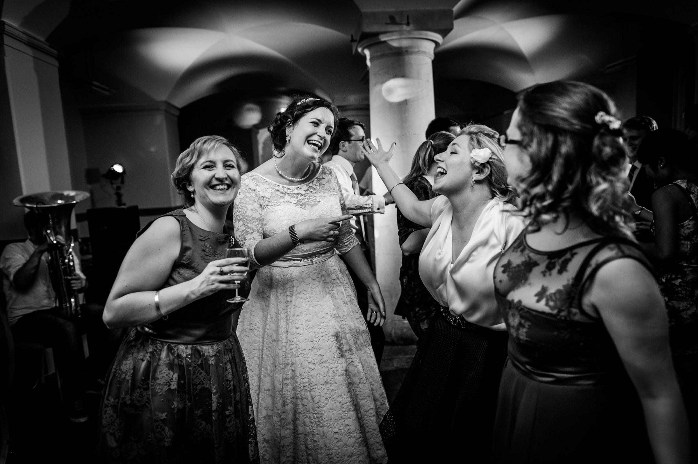 Ashmolean-Museum-Wedding-Pictures-0080.jpg