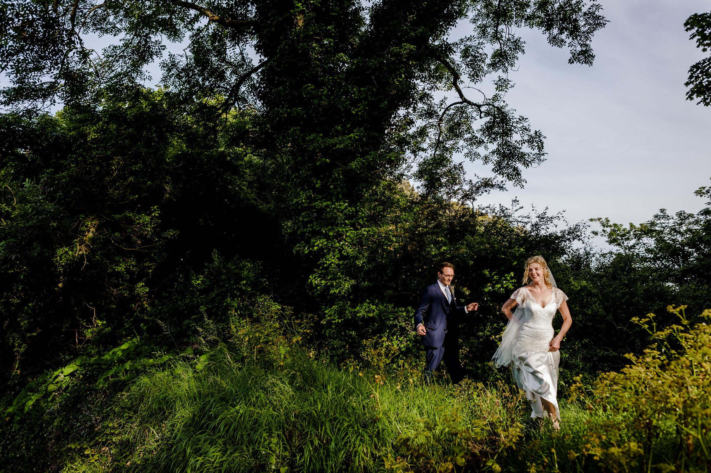 Documentary Wedding Photography in Devon 036.jpg