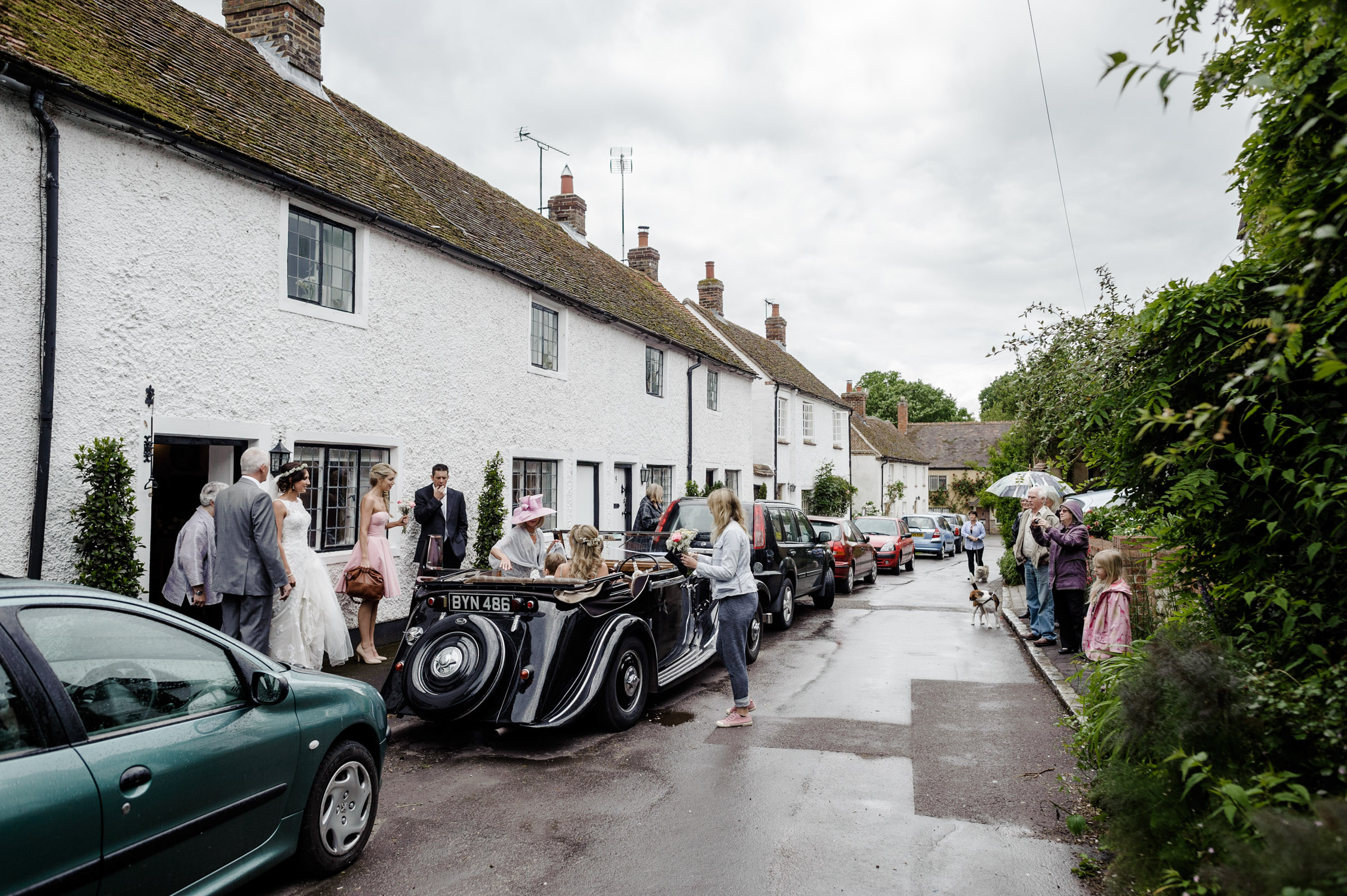 Notley Tythe Barn Reportage Wedding Photos 006.jpg
