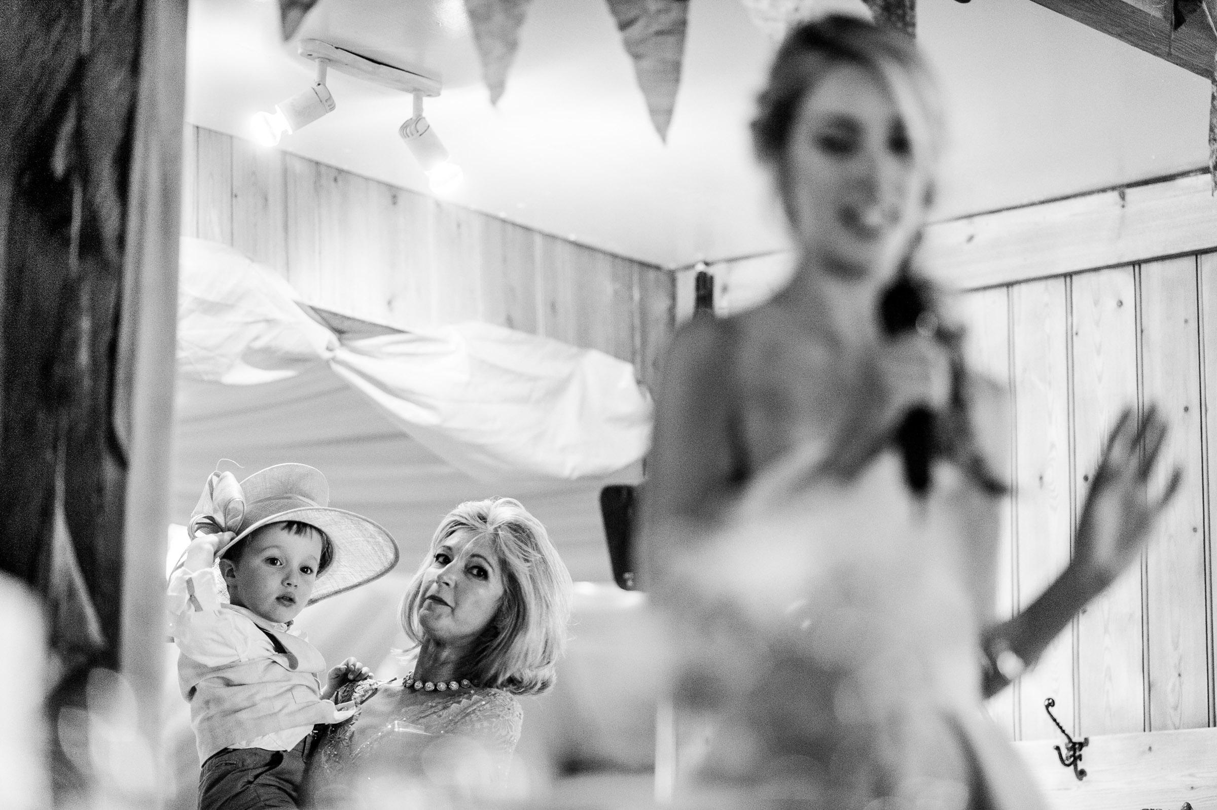 Notley Tythe Barn Reportage Wedding Photos 032.jpg
