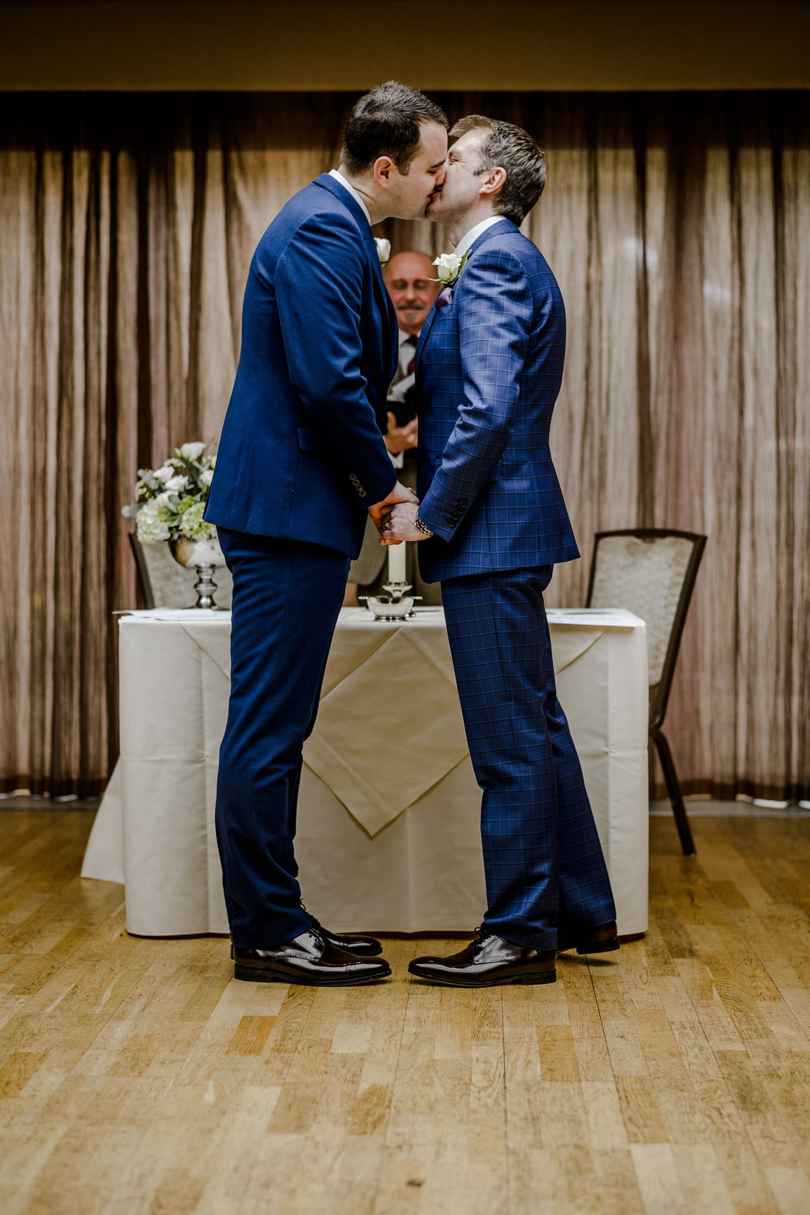 Wedding photography at Mallory Court 016.jpg