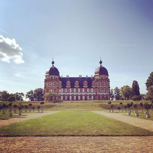 Schloss Seehof in Memmelsdorf near Bamberg! . . . . . #schlossseehof #palace #germany #memmelsdorf #franconia #bavaria #shutters #garden #wanderlust #postcardsoftheworld