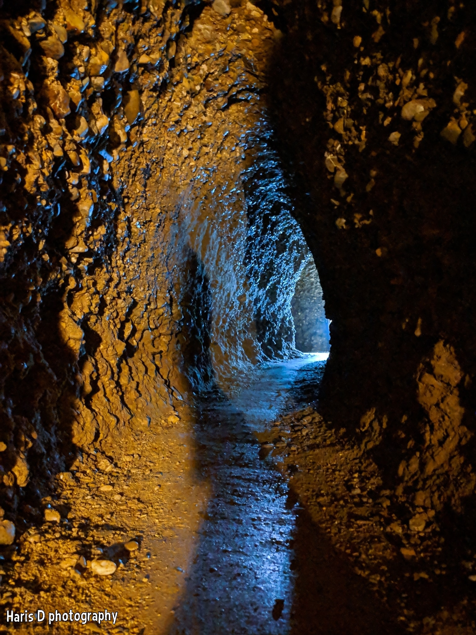 Inside Bosnian Pyramid Ravne Tunnels | Photographer:  Haris Delibasic