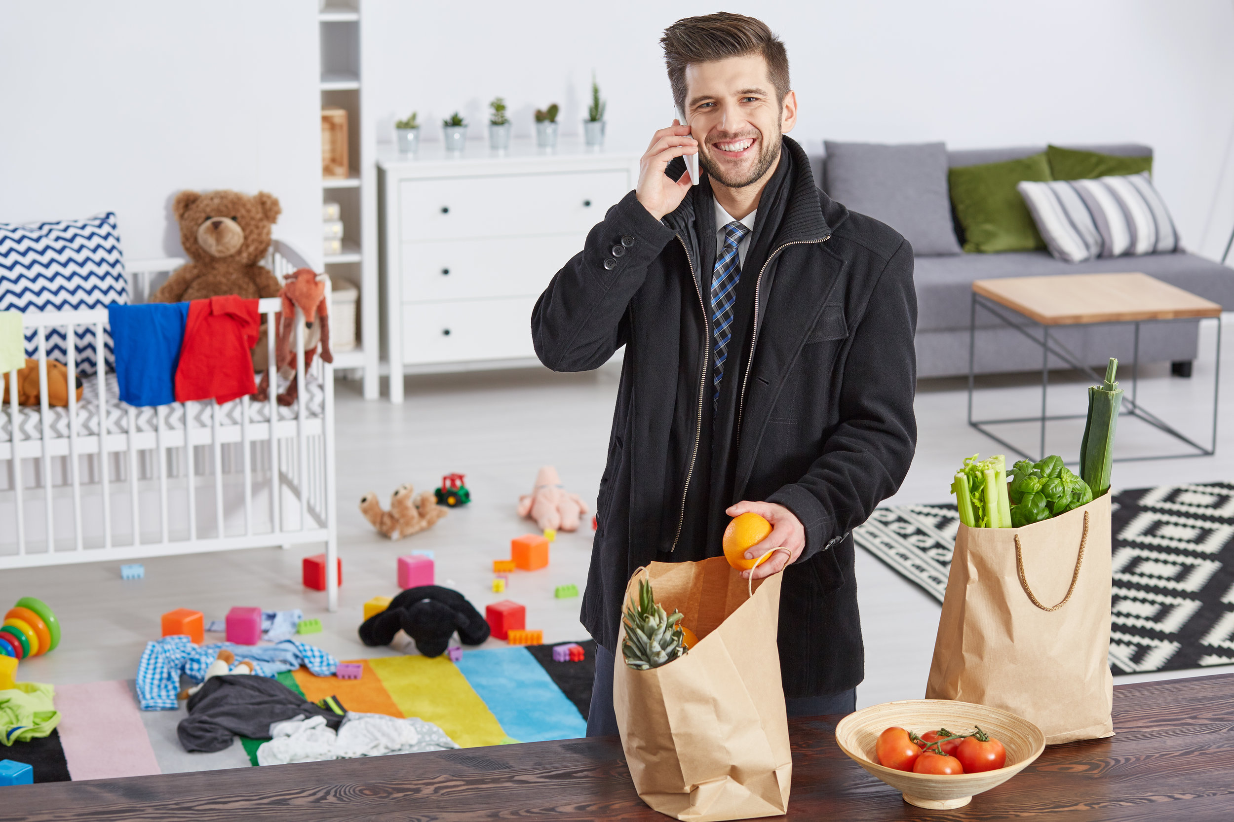 content-father-with-shopping-bags-PM4WV3P.jpg