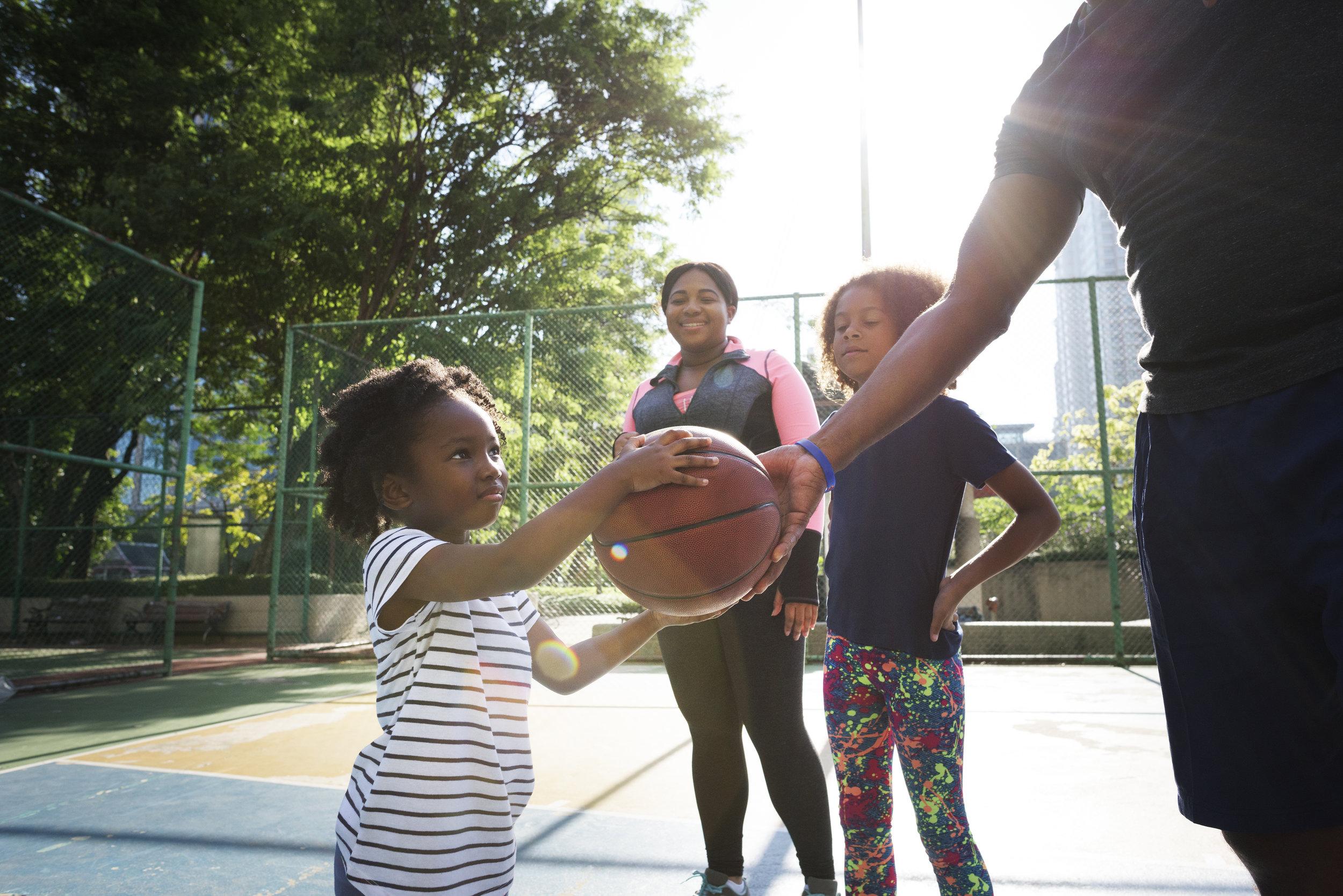 basketball-sport-exercise-activity-leisure-PEEHSN4.jpg