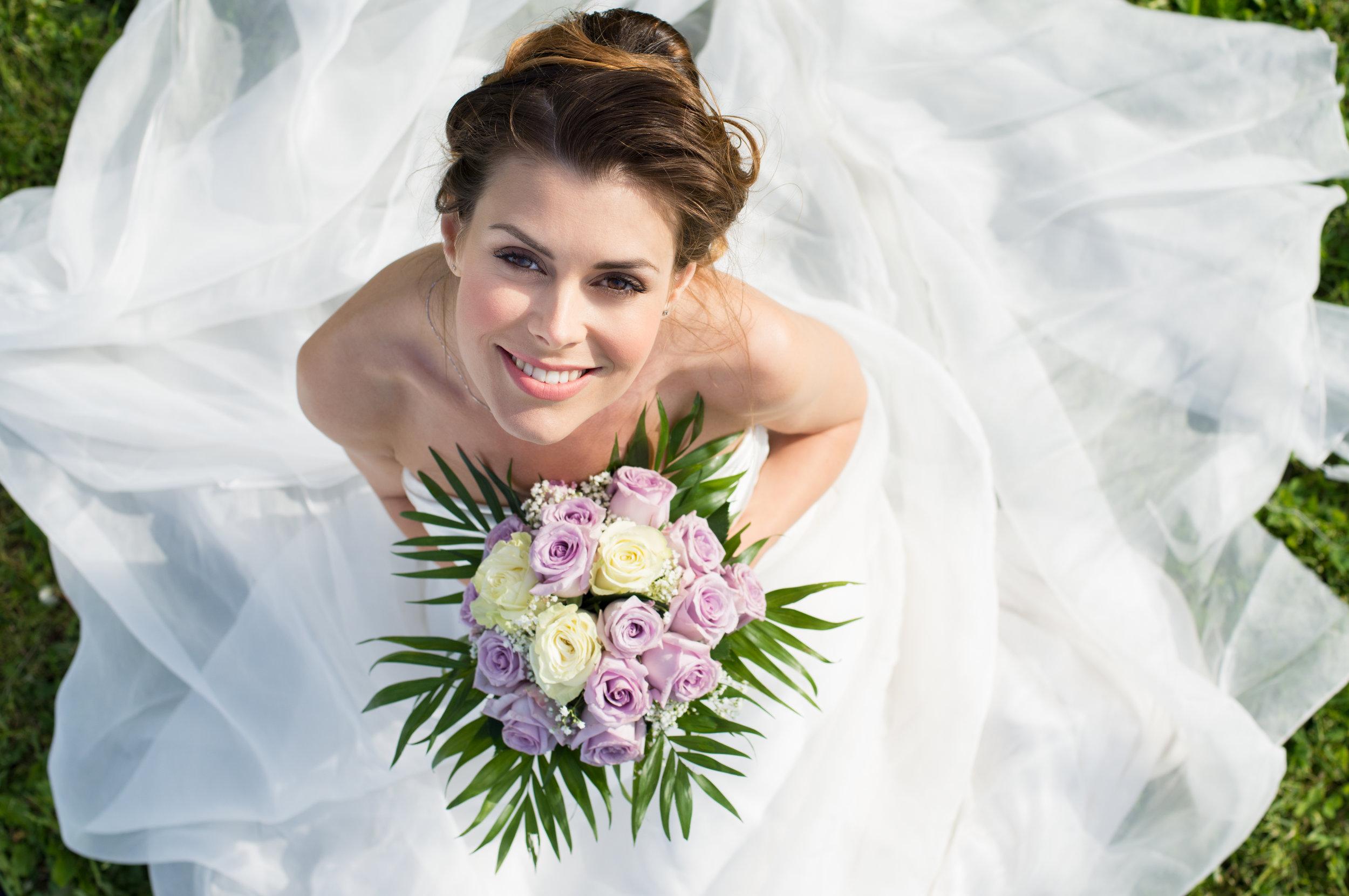 portrait-of-beautiful-bride-PSA4TYT.jpg