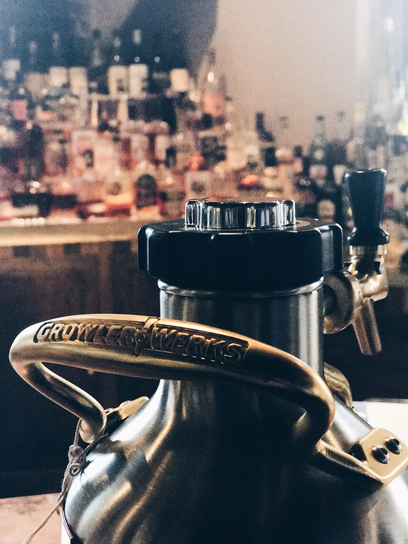 The ergonomic brass carrying handle.