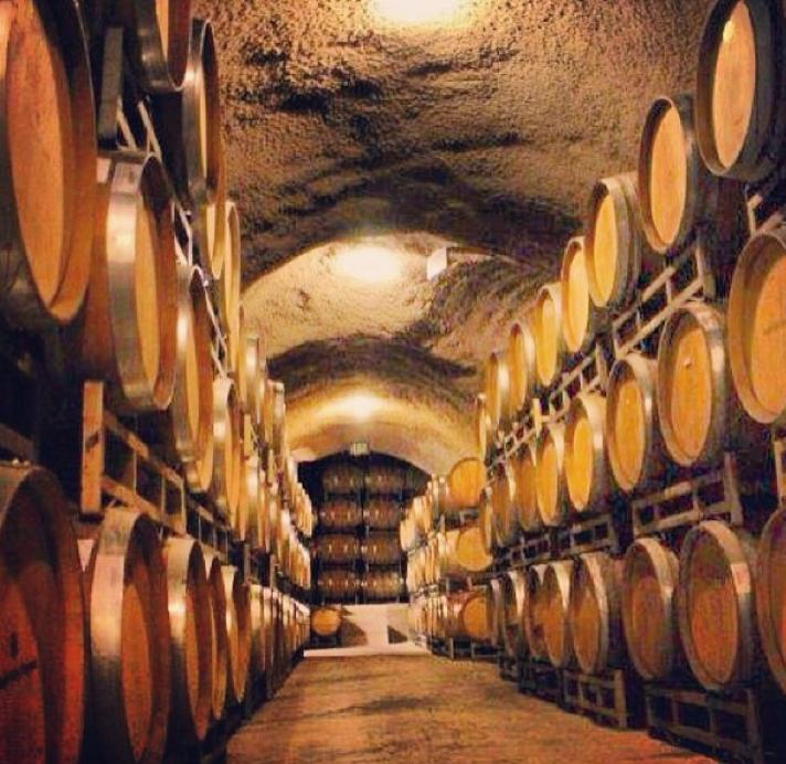 Alexander Valley's Wine Cellar, Sonoma County California