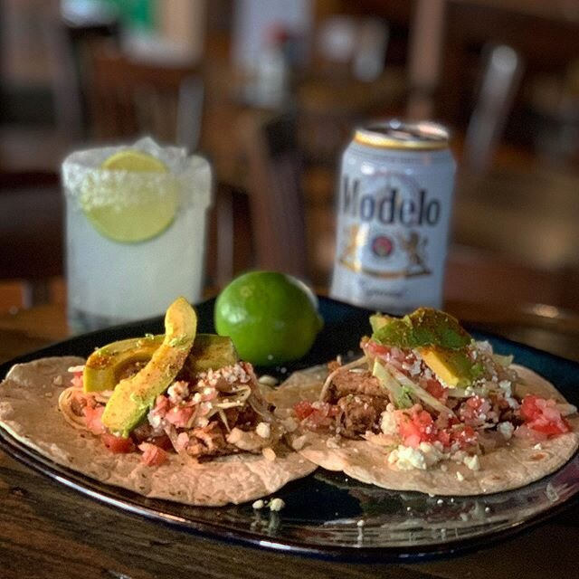 Our #cincodemayo special comes with your choice of protein and 6 pack of #modelo or 32oz freshly batched  #margarita 🌮🌶🍺🍹