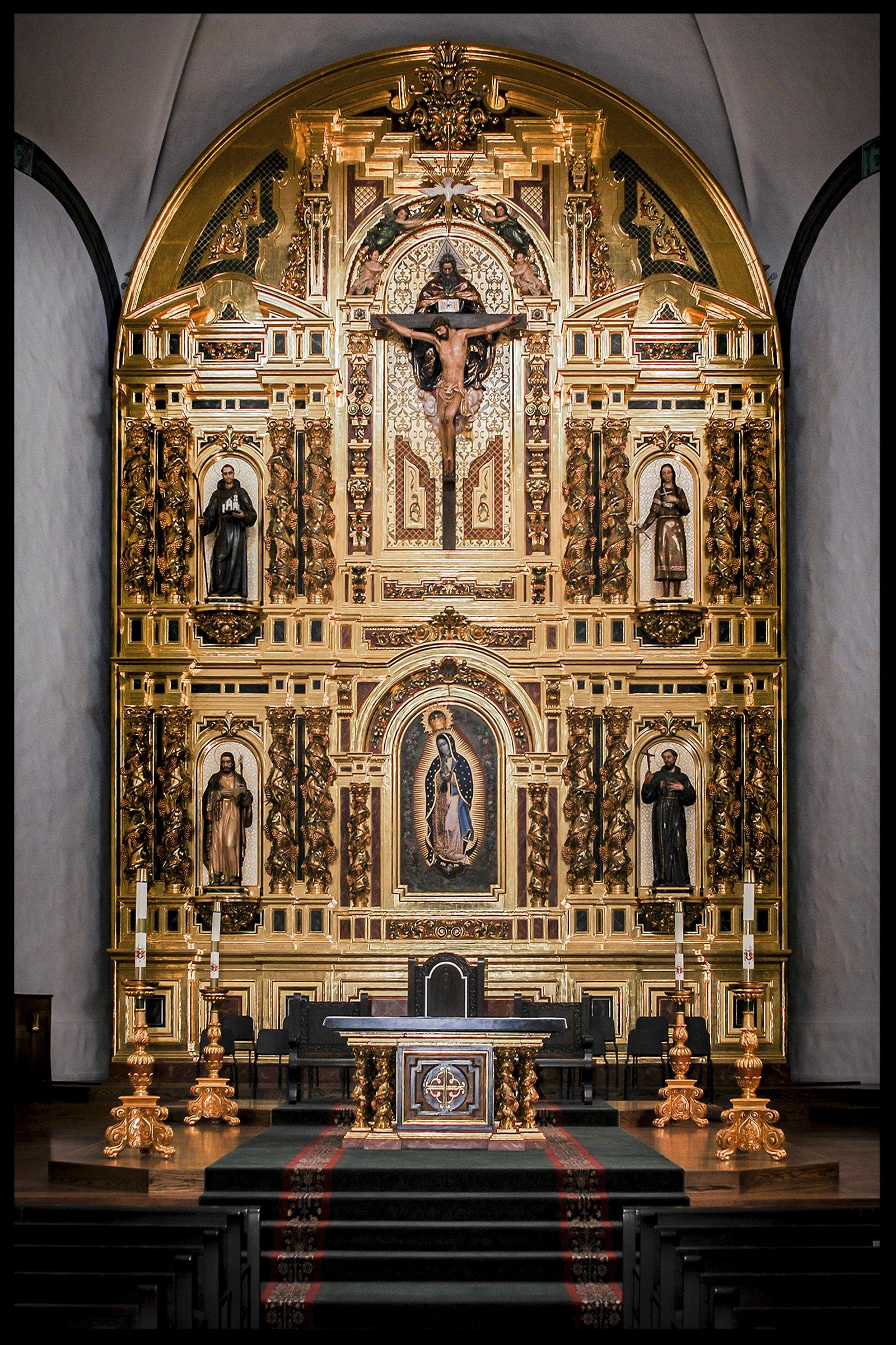 Mission Basilica San Juan Capistrano's Grand Retablo. Photography by Roderick Fenn ©2009