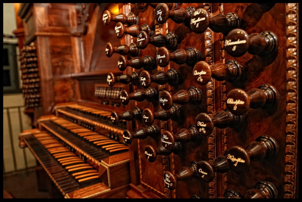 Walker Organ - Keyboard and Stop - Serra Chapel