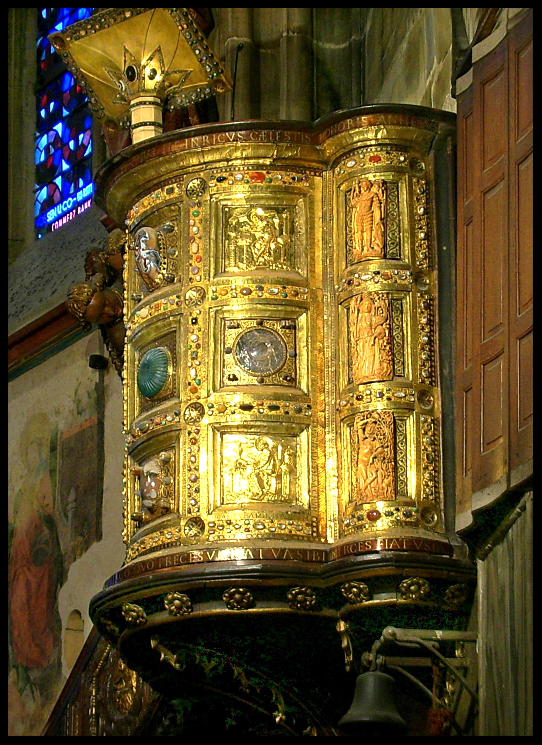 Pulpit in Aachen Cathedral - Germany