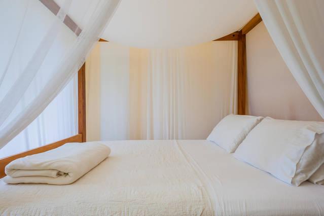 estalagem-camburi-suite-barcelona-30539649_original.jpg