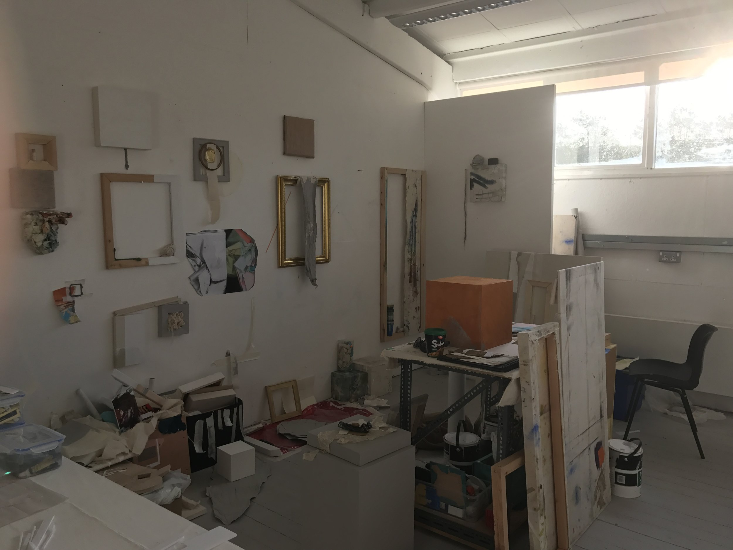 Ally McGinn (2017) [Studio documentation].  Studio View - Wednesday 25th, 9am. The process continues but I'm stuck to the wall.
