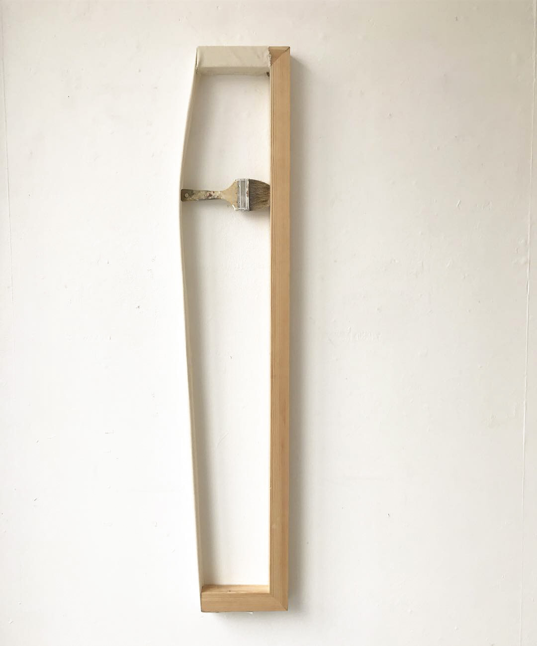 Imag(in)e (2019) Wood, canvas, paintbrush and staples. 17 x 130 x 5 cm.jpg
