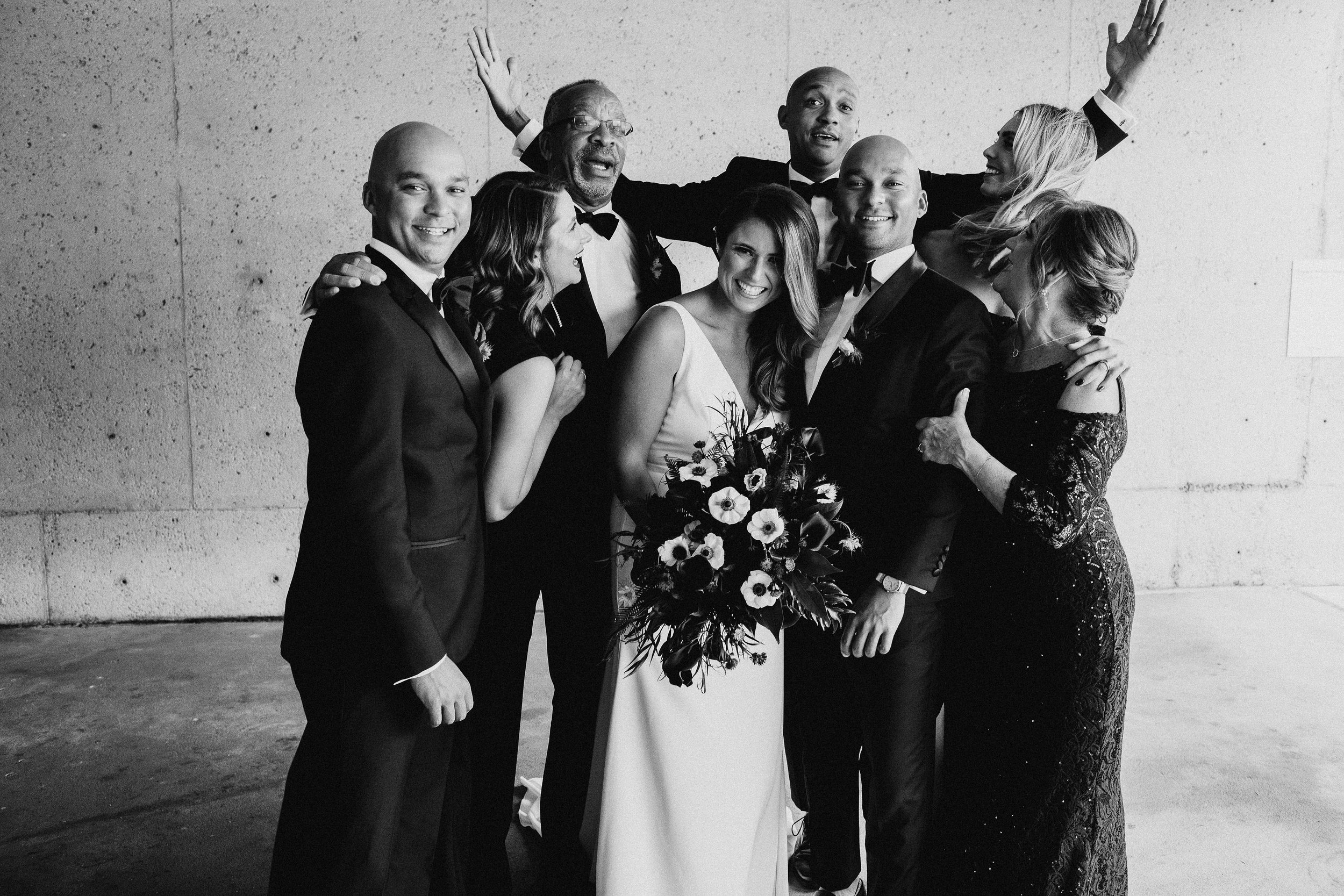 Family Photo Wedding Day Lauren and Ryan Oakland Museum of California Katie Laines design and Coordination