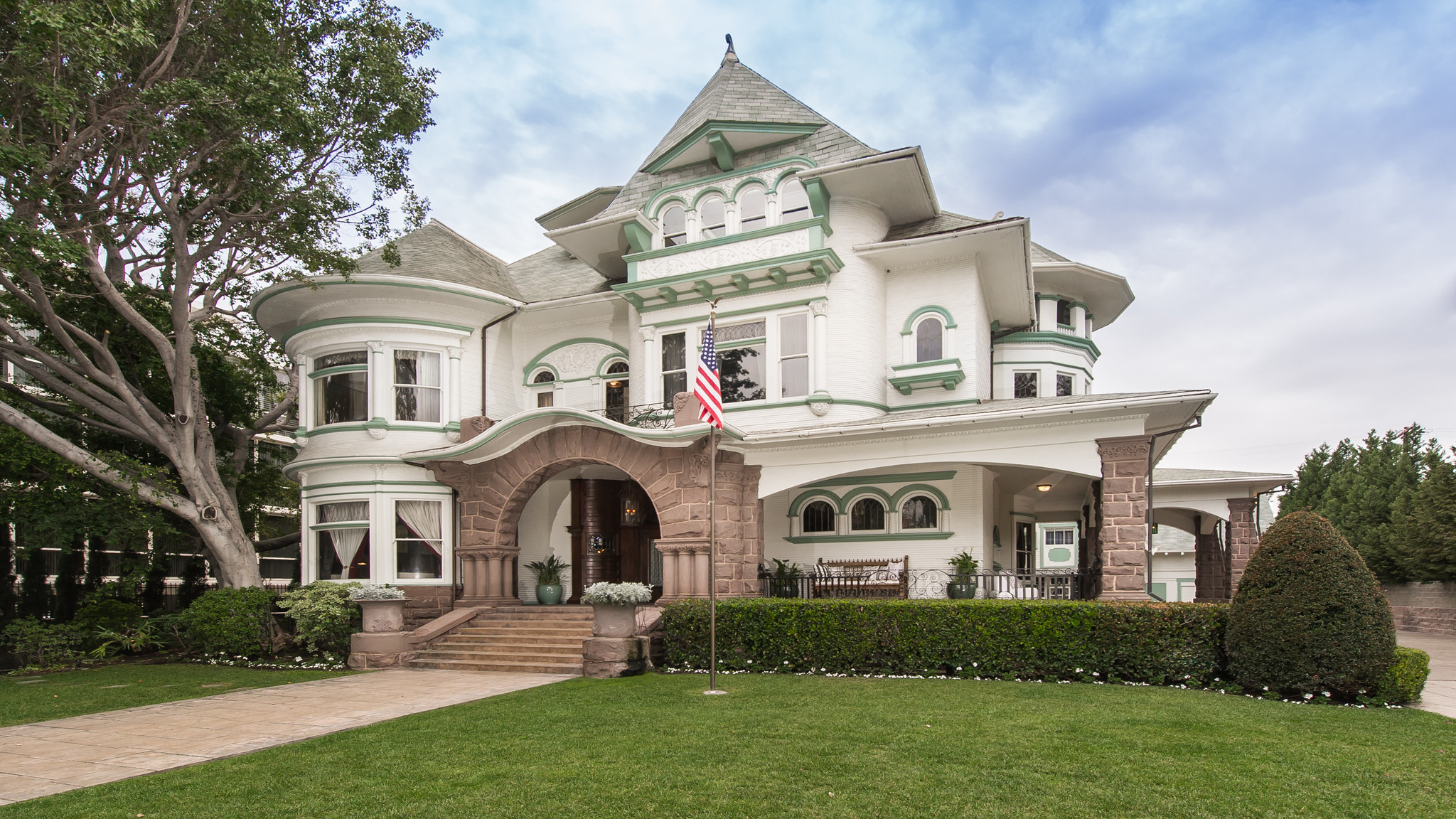 Mid Wilshire Homes for Sale