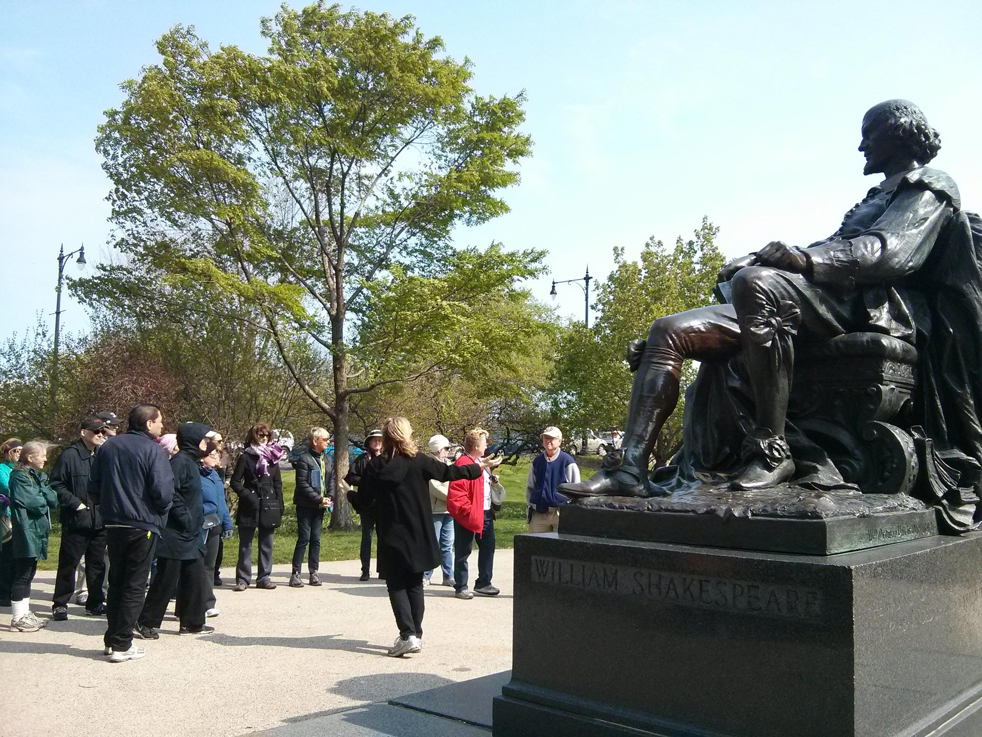 Tour of Lincoln Park features Shakespeare Monument. Photo by Martha Frish