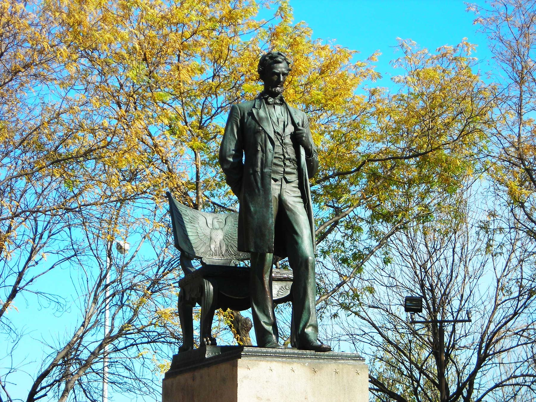 Abraham Lincoln: The Man.  Photo courtesy of Chicago Park District.