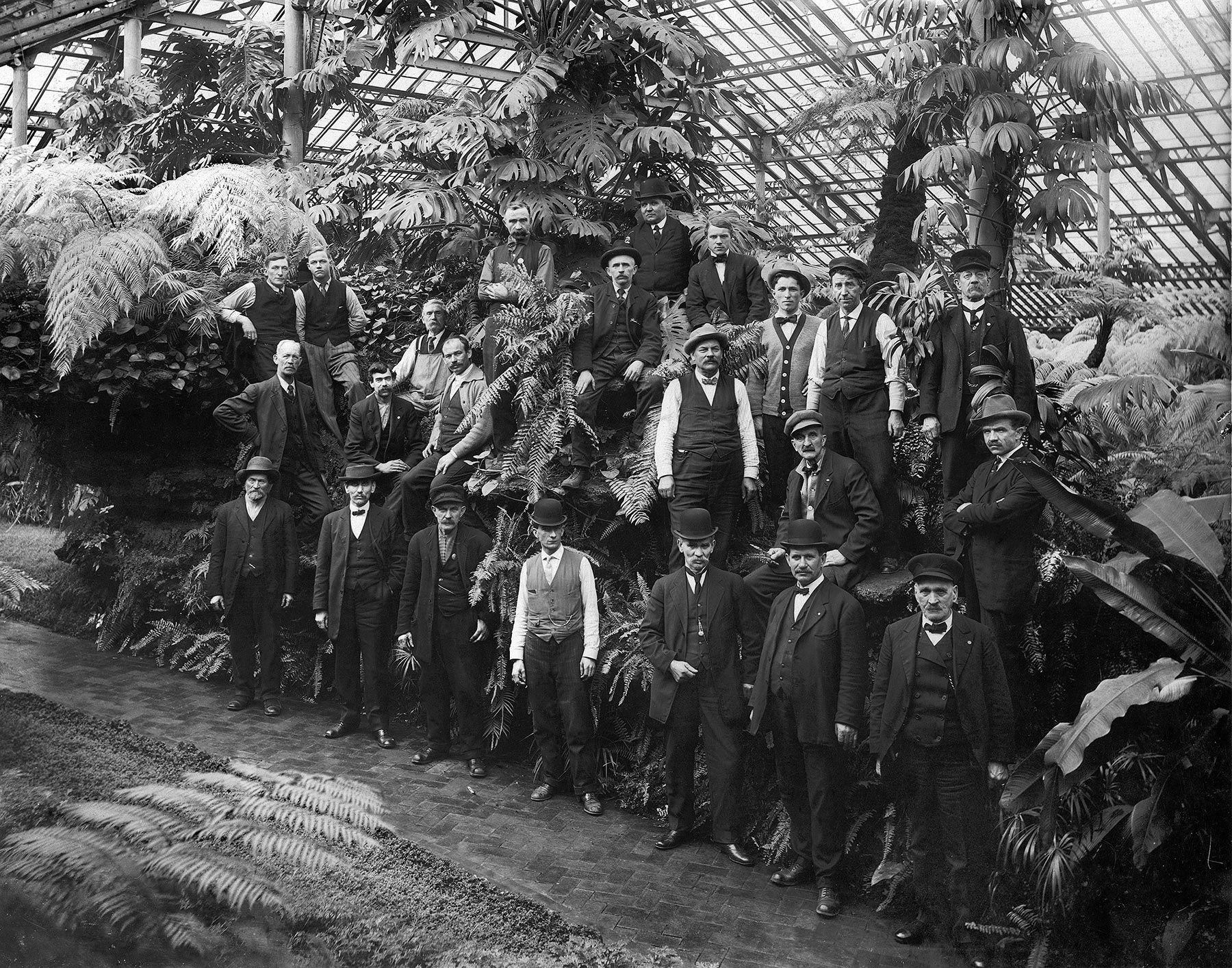 Garfield Park Conservatory Gardeners, 1913.  Chicago Public Library Special Collections, Chicago Park District Archives, Photos.