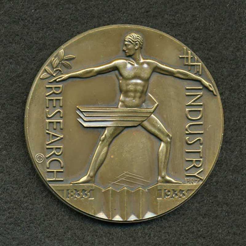 Official commemorative medal sculpted by Emil R. Zettler  for A Century of Progress, Chicago's second World's Fair , 1933. Photo courtesy of Heritage Auctions.