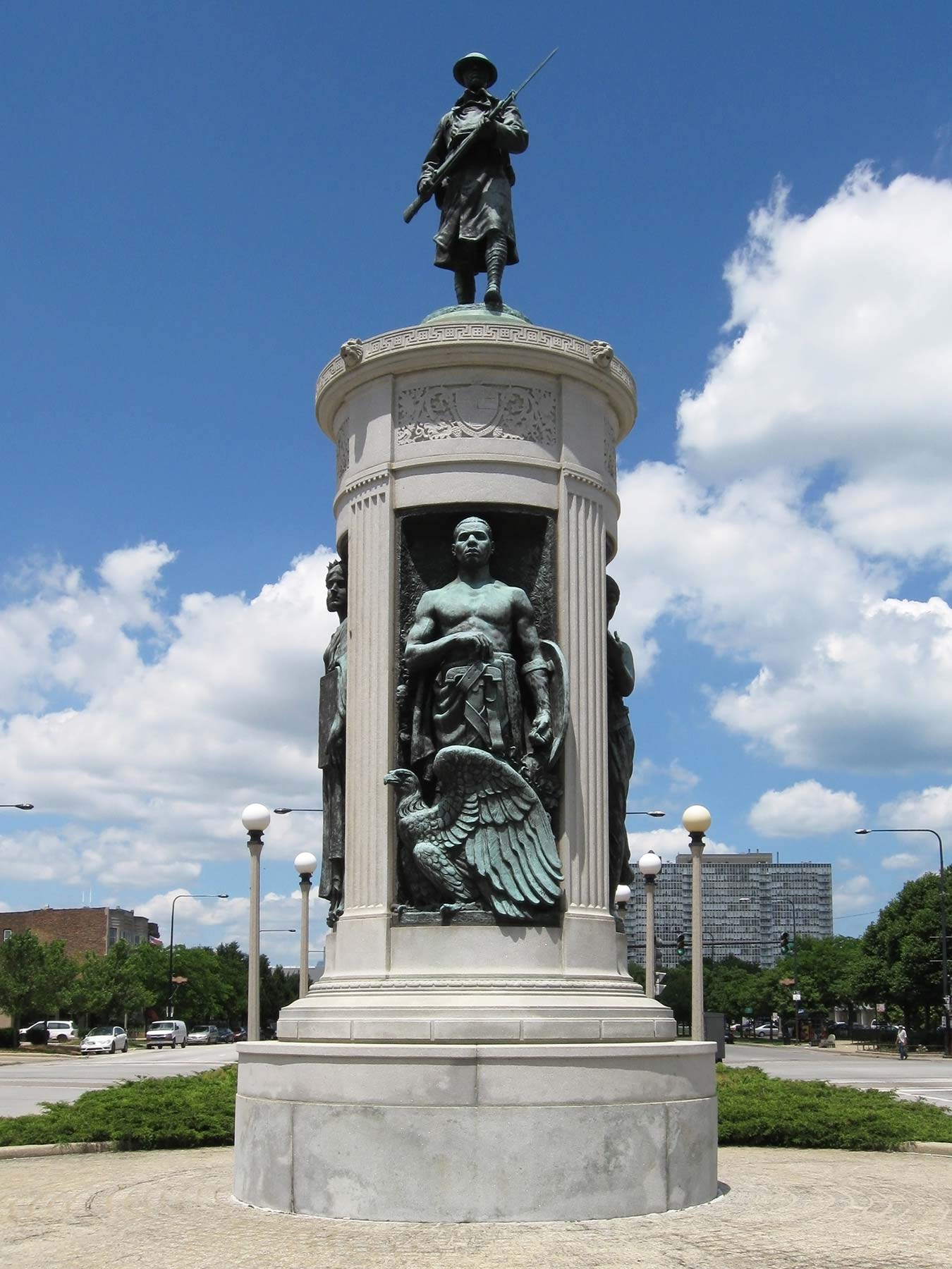 Victory Monument  at 3500 S. Martin Luther King Drive. Photo courtesy of Wikicommons.