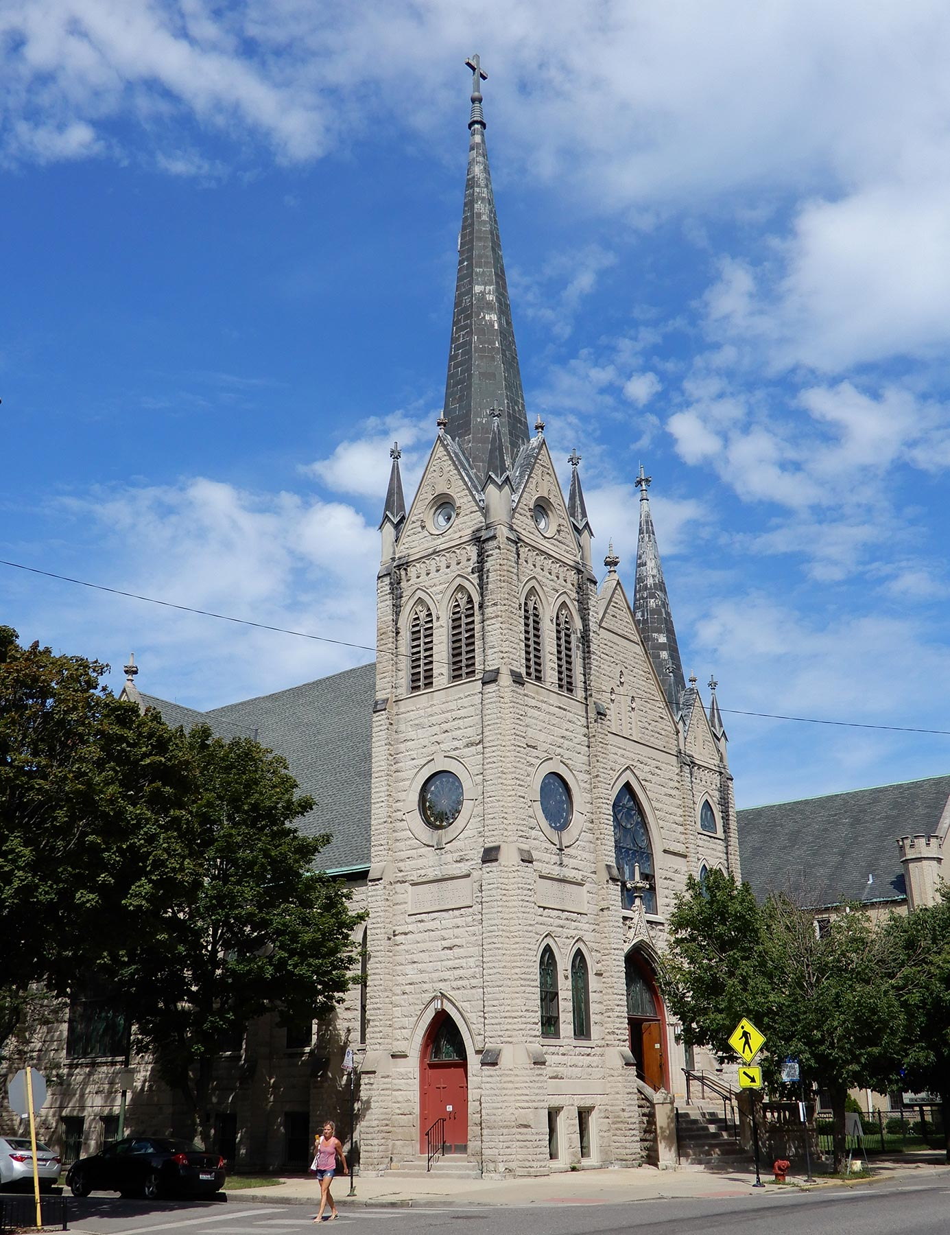 Swedish immigrants founded Edgewater's Ebenezer Lutheran Church and hired Andrew E. Norman to design their limestone-fronted edifice. Photo by Julia Bachrach.