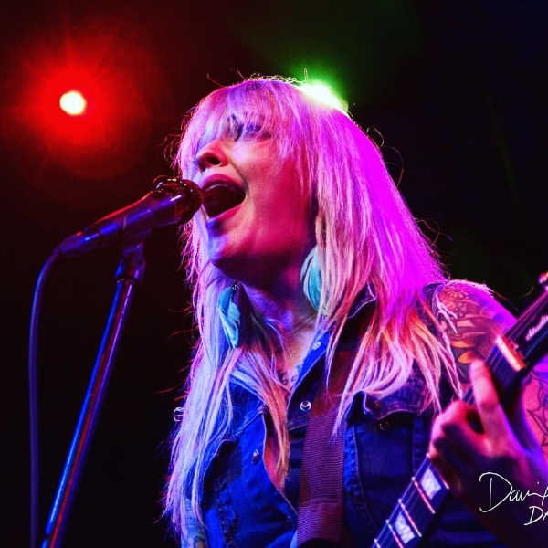 LISA DIXIEGASHGASM  - EPISODE 248/7/17Austin, Texas vocalist and guitarist Lisa Dixie, talks about her influences, and playing her first house party at 12. Filling in as bassist for a band called Bionic Man, leaving on a tour at the last minute and incurring the worst roaming charges ever. Opening for Tsunami Bomb in Houston and Austin. The story of Austin's Punk Rock Lottery and being a two time champion!  How this led to the formation of Gashgasm. How the worst shows were the shows she wasn't playing, but then again after thinking about it, the worst show was probably in Cleveland.Find out more about Gashgasm:  facebook.com/gashgasm/