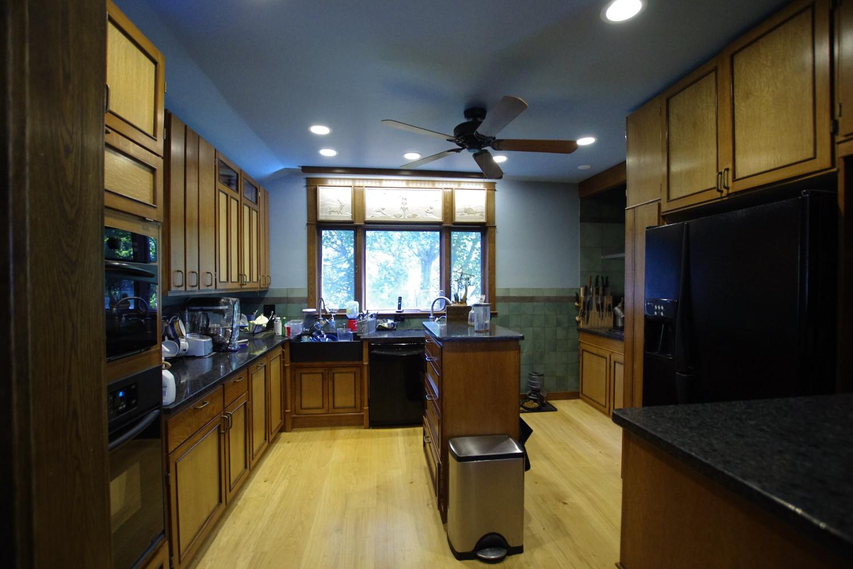 b  kitchen skink &  dw.jpg