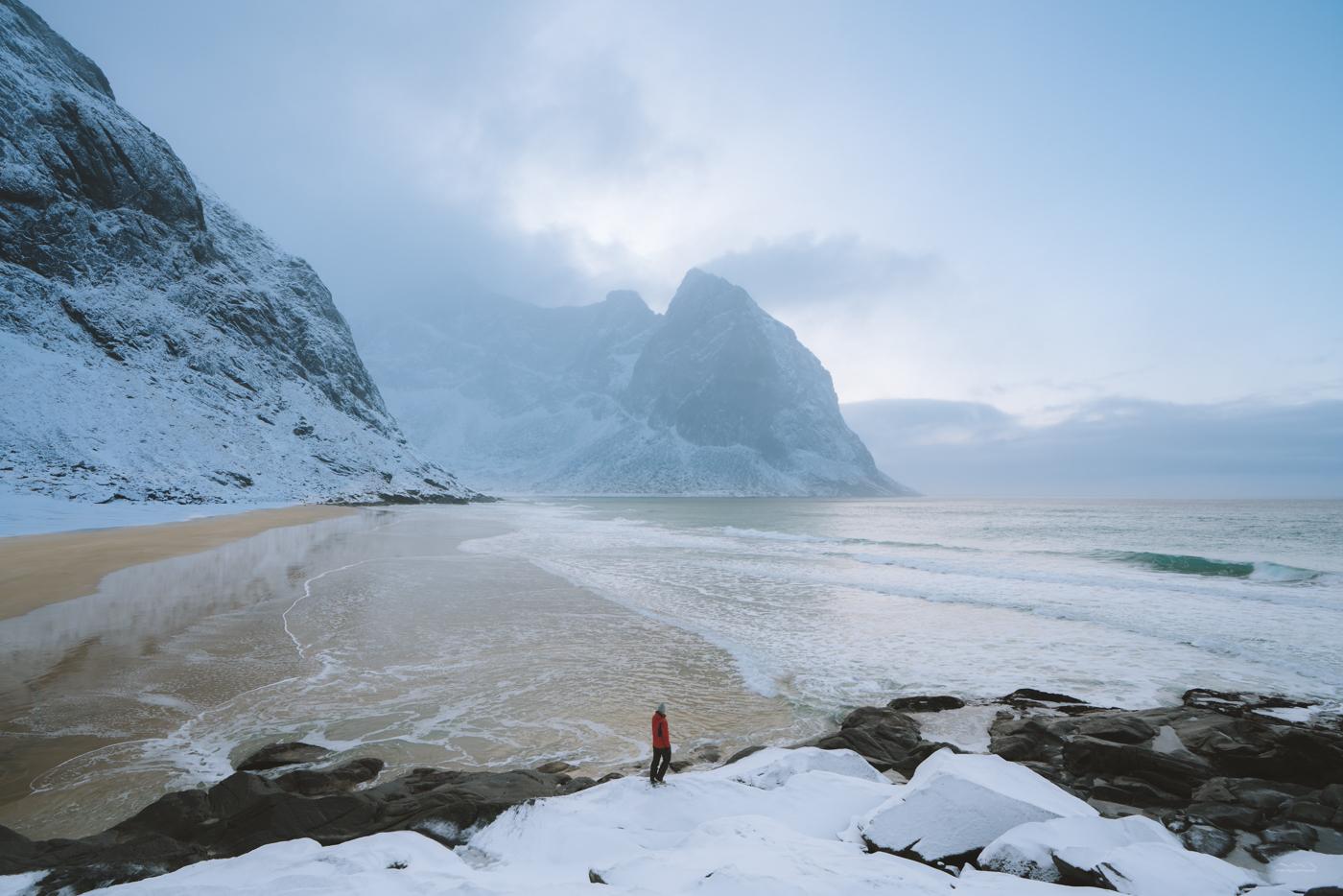 In front of the gorgeous Kvalvika Beach
