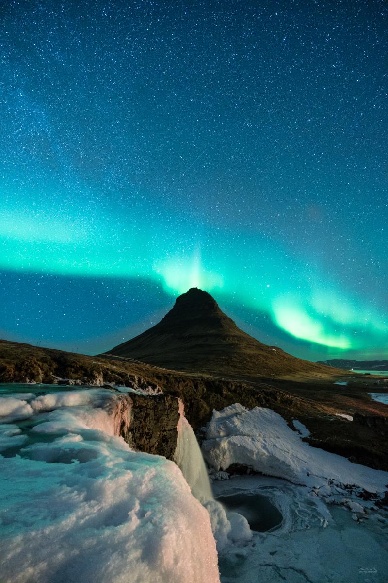 Aurora borealis above Kirkjufell