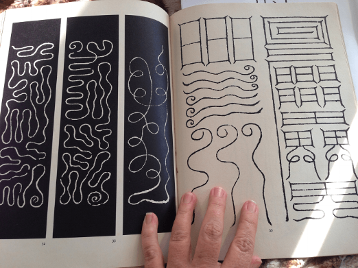 These ancient Taoist Talismans were written to serve various purposes such as revitalising the heart,purifing the mind, or clearing the lungs ~ from Laszlo Legeza's  Tao Magic: The secret language of diagrams and calligraphy 1975. Thames & Hudson - a book that changed the direction of my life.